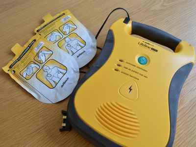 Defibrillateur de massey